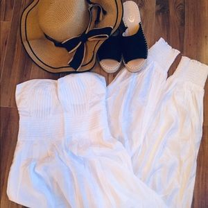 Solaris White Strapless Jumpsuit - Size Small